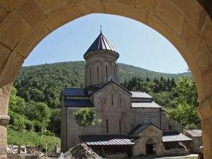 гиды в грузии на русском языке, экскурсии в тбилиси