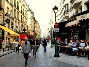 обзорная экскурсия по парижу на автобусе, гид в париже