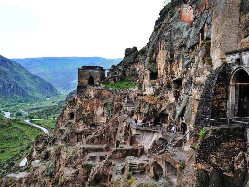 тбилиси заказать гида, экскурсии в тбилиси