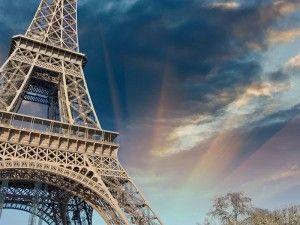 сценарий 8 марта экскурсия в париж, гид в париже